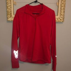 Athleta - woman's(XL) red quarter zip pull over